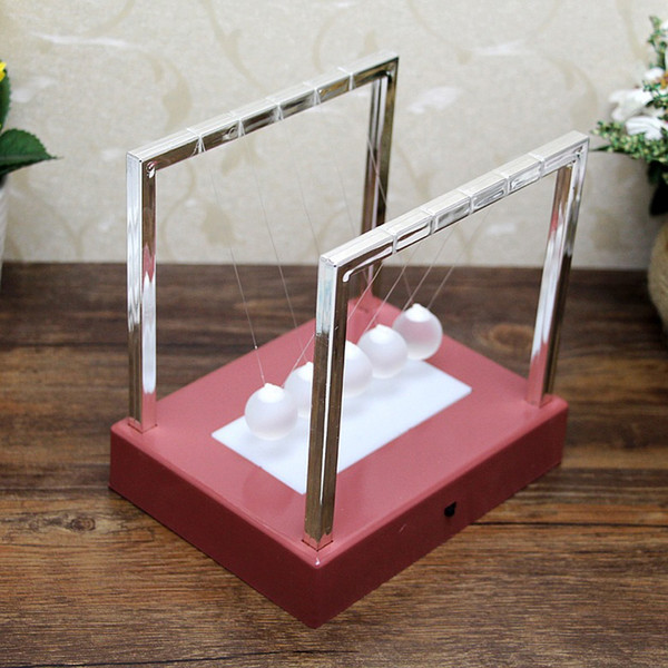 Großhandel Schreibtisch Dekor Spielzeug Newtons Balance LED Bälle Große 5,9 * 5,9 * 4,33 zoll Pendel Bildungs Cradle Balance Bunte Bälle BH1091-1 TQQ