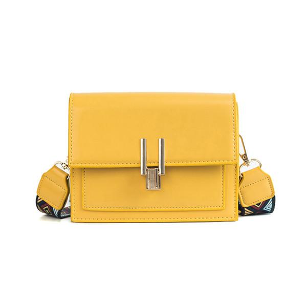 New Women Fashion Width Shoulder Bags INS Popular Female Exquisite Solid Handbag Mini Flap Lady Travel Chains Crossbody SS3474