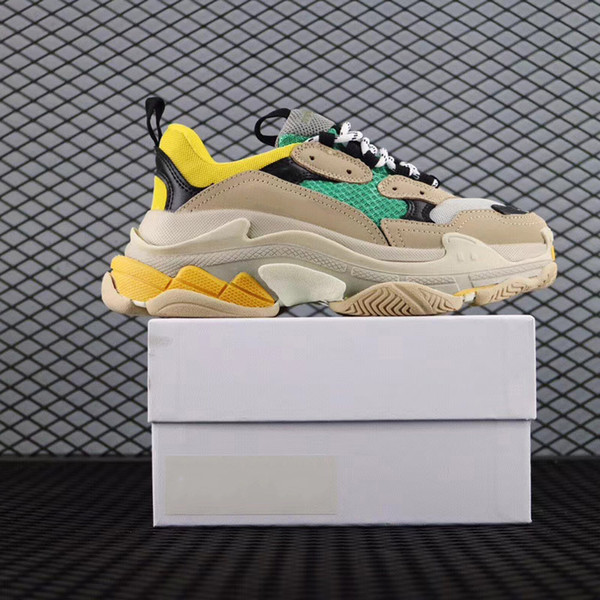 Paris 17FW Triplo-S Sapatos de Caminhada de Luxo Pai Sapatos Chaussures Femme Triplo S 17FW Designer de Tênis para Mulheres Dos Homens Do Vintage Velho c02