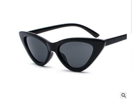 2019 New Fashion Triangle Cat-eye Sunglasses Euramerican Street Photo Couples Sunglasses Small Frame Personality Sunglasses