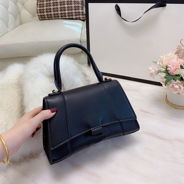 top popular 2020 New Handbag Ladies Shoulder Bag Fashion Messenger Bag Classic Quality Wallet Free Shipping Four Colors 2021