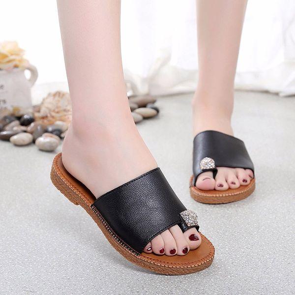 2019 Fashion Crystal Flip Flops Women Summer Sandals Flat Slippers Beach Shoes Large Size Slippers Women Slides