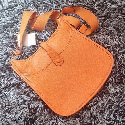 Kadınlar ünlü markalar crossbody çanta moda H omuz askısı çantası yüksek kalite kadın lüks tasarımcı dana deri messenger çanta