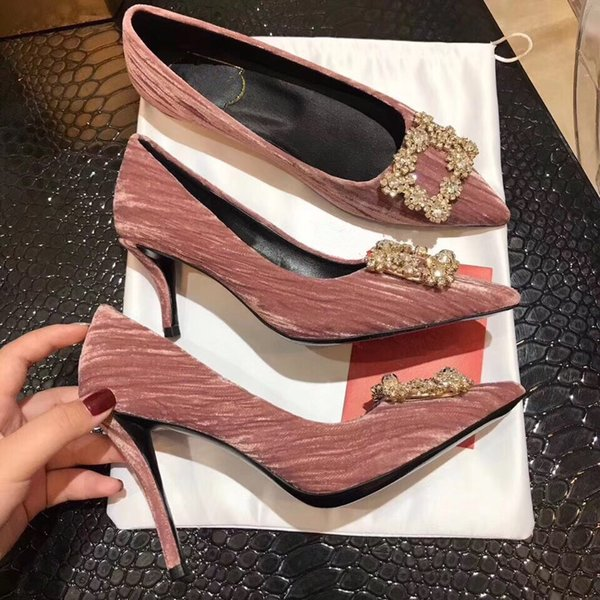 Designer Brand Classic Pointed Toe Women's Shoes Ankle Straps Dress Shoes Leather Rivets Sandals Women Valentine by18121502