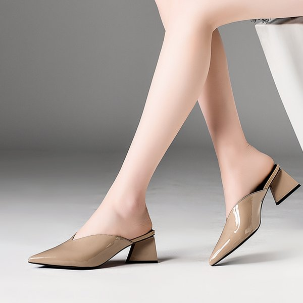 Сексуальная Натуральная Кожа Женщины Тапочки На Открытом Воздухе Обувь Лакированная Кожа Черный Белый Слип На Тапочки Для Летних Женских Сандалий