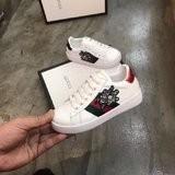 2019 Zapatos para Niños Costura de Primavera Color Nuevo Patrón Niño Niña Zapatos Parte inferior Suave Carta de Moda Niños Únicos de Alta Calidad Clásico Blanco