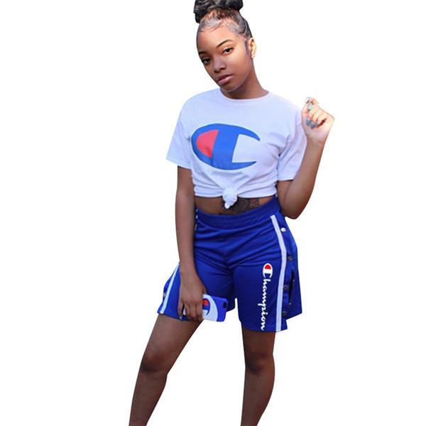 Champion Femmes Shorts Ensemble Deux Pièce D'été Tenues D'été Marque Designer Survêtements De Luxe T-shirts + Bouton Split Shorts Sport Jogging Costume C7408