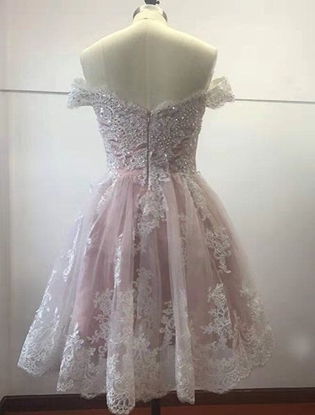 Prom Dresses Sexy new heart-shaped collar with sandy shoulder beans and ivory Net Lace Applique back zipper pearl skirt custom package