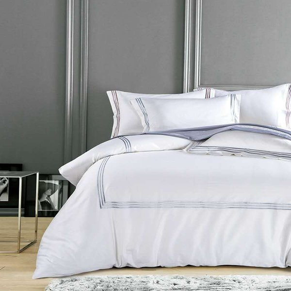Pure White Luxury Hotel Bedding sets King Queen size Silver Gold Embroidery Duvet cover Cotton Bed sheet linen set Pillow cover