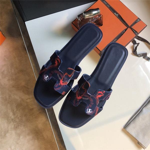 Mulheres Sapatos de Grife Sandálias Das Mulheres New Style Chinelo De Couro Moda Multi Chinelos Planas Com Tamanho Da Caixa 35-41