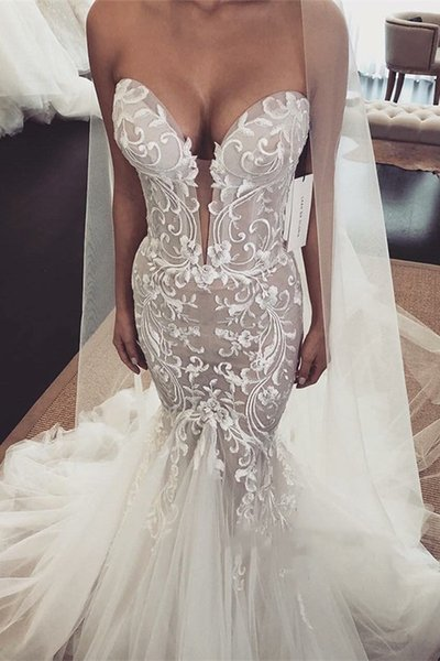 Vintage Lace Wedding Dresses 2019 Sexy Mermaid Strapless Sleeveless Applique Tulle Wedding Dress Bridal Gowns Plunging Bride Formal Gown