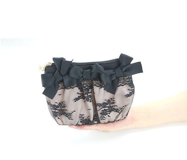 Black lace hand make-up bag small size lovely portable powder powder lipstick storage bag cosmetics storage bag