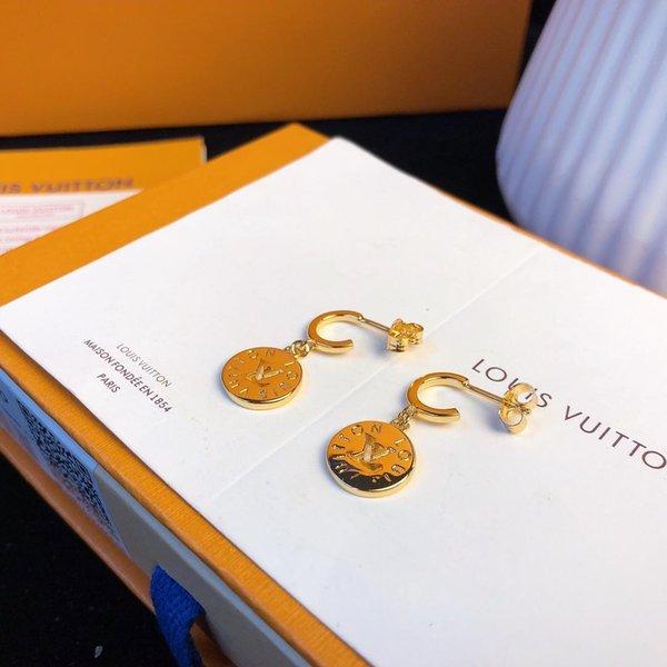 Collezione di gioielli Orecchini di design Orecchini in oro 18 carati tondi classici pesca Peach 2019 Accessori di moda di lusso L V Letter Metal Finish