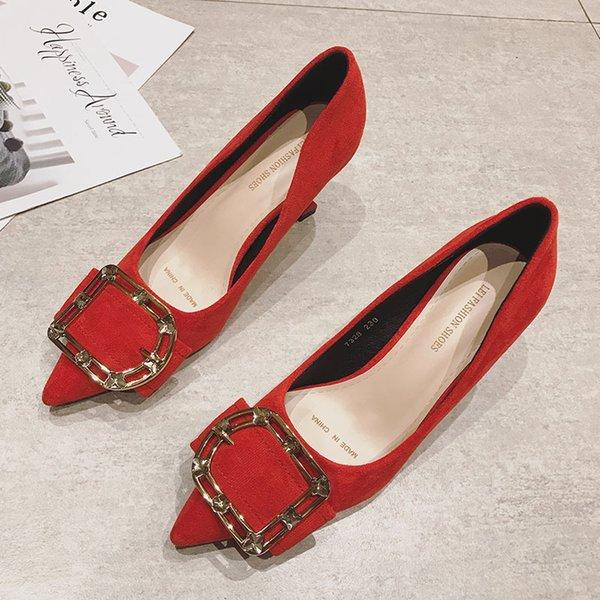 Красный каблук 5.5