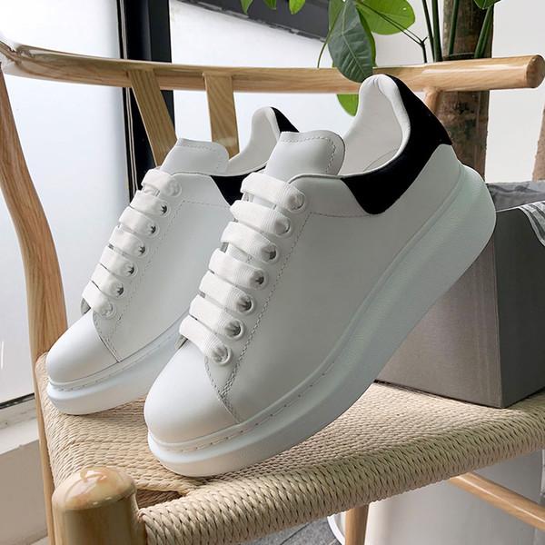 Alexander MCQueen Yeni Tasarımcı 3 M Yansıtıcı Düz Rahat Ayakkabılar Üçlü Beyaz Siyah Erkekler Kadınlar Platformu Parti Ayakkabı Spor Sneakers 36-44 ücretsiz kargo