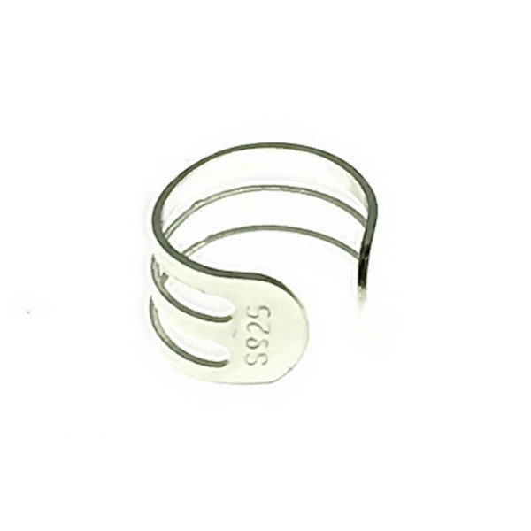S925 sterling silver ear clip No ear piercings required Not allergic Temperament and fashion go togetherSuitable for all kinds of parties