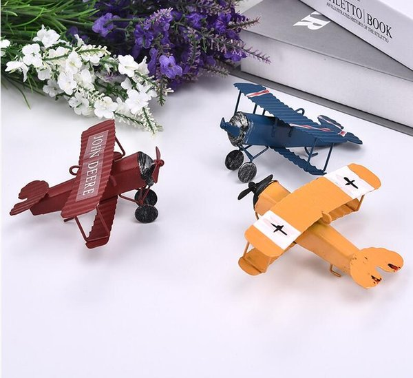 Vintage Iron Aircraft Model Antique Ornaments Airplane Figurines Status Metal Plane Home Garden Decorations Kids Gift