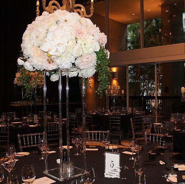 Nuevo estilo claro alto Boda de acrílico cristal Centro de la mesa Columnas de la boda Soporte de flor para la decoración de la mesa