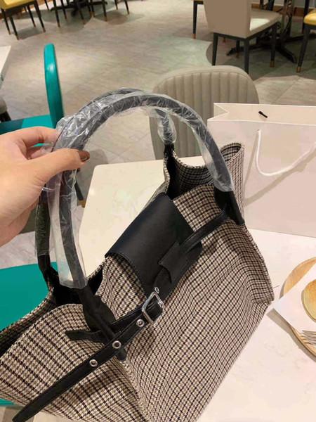 Designer Shoulder Bag Luxury Handbag Womens Brand Shoulder Bag Lady Fall Winter New Tide B100659Z