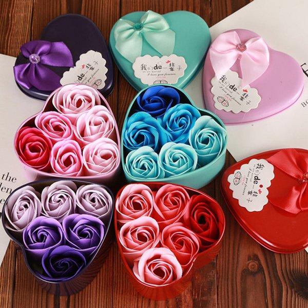 Día de la madre en forma de corazón caja de regalo de flores de jabón baño perfumado cuerpo de pétalos flor de jabón decoración de la boda del corazón Artificial flor de rosa DH1275 T03