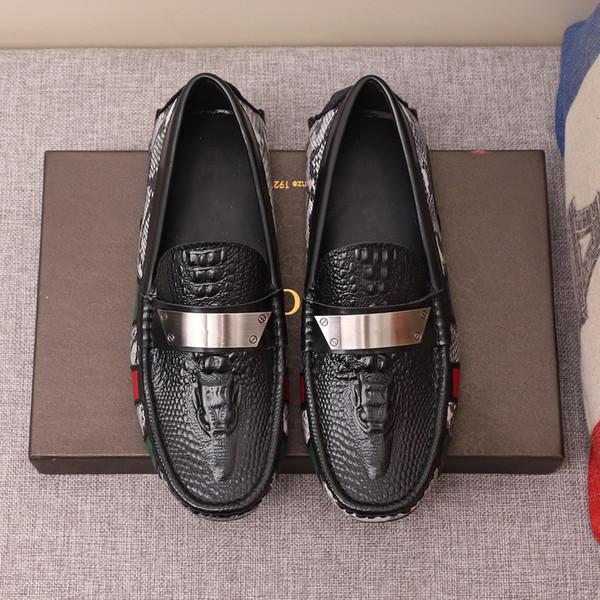 Sports_runingshoe Venda Quente-g Homens De Veludo Mocassins Partido sapatos de casamento Estilo Europa Bordado chinelos De Veludo preto Condução mocassins