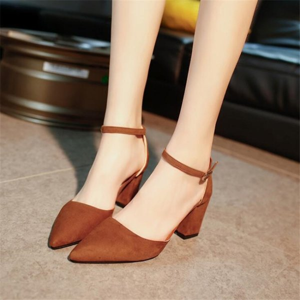 Designer Dress Shoes 2019 Summer Korean Version of The New Ladies Sandals Pointed Shallow Mouth Suede Buckle Side Empty Women's