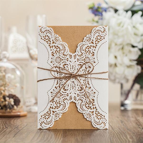 WISHMADE Lazer Kesim Düğün Davetiyeleri Kraft Yay Ile Kahverengi Yay Ile Zarif Davetiye Kartları Özelleştirilebilir Printing100pcs / lot