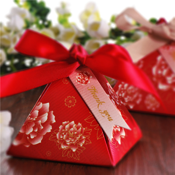 Free shipping Chinese red Pearl paper triangle pyramid Wedding box Candy Box gift boxs wedding favour boxes