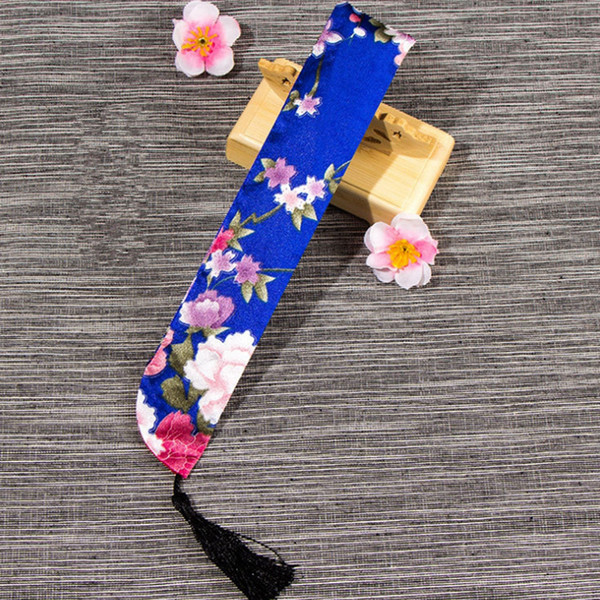 Chinese Style Folding Hand Bag Polyester Fabric Handicrafts Pouch Hand Fan Covers