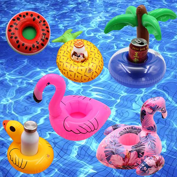 Portabicchieri per bevande gonfiabili Ciambella Flamingo Anguria Ananas Limone Albero di cocco A forma di PVC Swimpool Stuoia galleggiante Piscina galleggiante Giocattoli