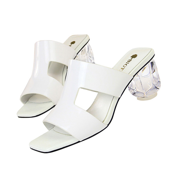 Womens Sexy Peep Toe Slippers Patent Leather Slip On Sandals Crystal Chunky Heel Slipper Fashion Lady Sandal DK25