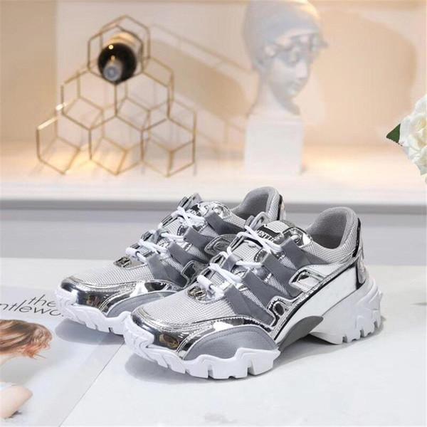 2019 tasarımcı yeni lüks rahat moda baba ayakkabı havalandırmak sneaker çift erkekler ve kadınlar ayakkabı 35 metre 40 metre gri