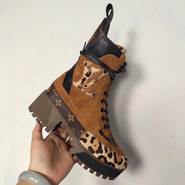 2020 Martin Stiefel New Leopard Brown Frauen Luxus-Stiefel aus Leder Knöchel klobig Print Leder-Plattform-Wüsten-Lace-up Motorradstiefel