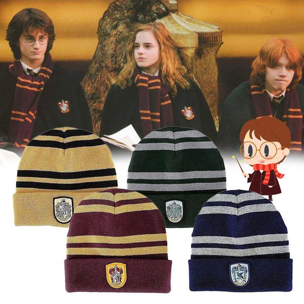 Sombrero de gorro de Harry Potter estilo 8 Gryffindor Slytherin Hufflepuff Gorra Ravenclaw Sombrero de punto cálido Sombrero de punto de rayas de la escuela de Cosplay Insignia MMA1168
