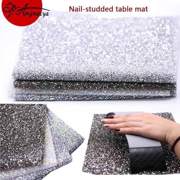 Angnya 1pc luxueux tapis de table en velours plein diamant / luxe haut de gamme nail art titulaire oreiller coussin vernis à ongles titulaire support de bras souple T190624