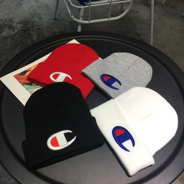 Berretto Champion Cuff Knit Big C Logo Stampa abbinamenti cromatici invernali Cappelli con design Cappelli Cappellino da sci all'uncinetto per esterno unisex B9305