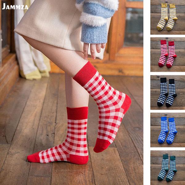 Kadın kore tarzı moda renkli ekose pamuklu çorap basit iş vahşi Mürettebat Mori kız güzel rahat Retro orta çorap için