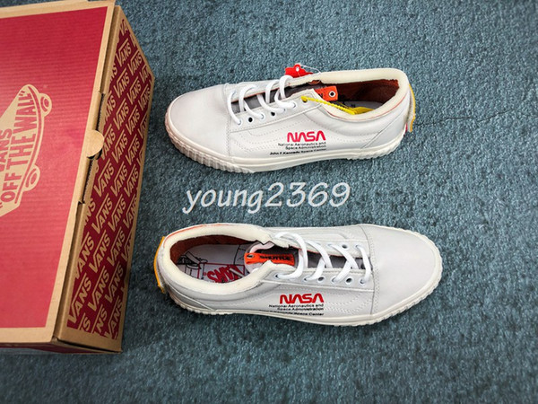New NASA Van Rainbow Sole Old Skool Classic Men Casual Shoes Skateboard Canvas Sports Running Shoes Designer Sneakers Running Tennis Shoes Cheap