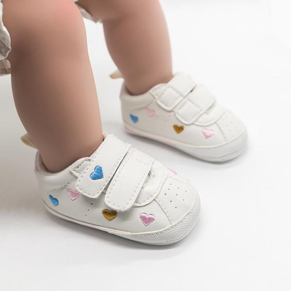 Aşk Yıldız Kauçuk tabanlı kaymaz tulumlar Bebek yumuşak taban tek ayakkabı sihirli sticker erkek ve kız ön ayakkabı