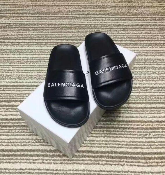 New Fashion Men Women's Flats Casual sandals Leather Beach Shoes woman Sandals slippers Summer unisex Peep Toe sandals L33113