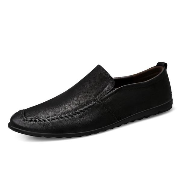 Mocassini da uomo fatti a mano da uomo scarpe piatte in vera pelle design metallo lettera fibbia scivolare su scarpe casual da barca