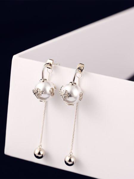 New fashion luxury designer cute bees pearl long drop pendant dangle chandelier stud earrings for woman white black