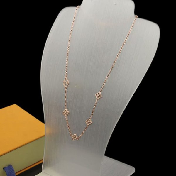 Rose Gold/Necklace