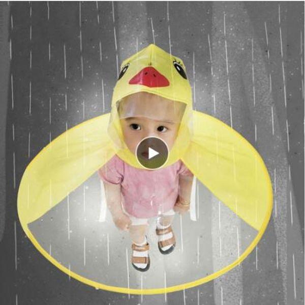 Sevimli Yağmurluk Karikatür ördek Çocuk Yağmur Coat UFO Çocuk Şemsiye Hat Sihirli Eller Serbest Boys And Girls Windproof Panço Bebek Tops
