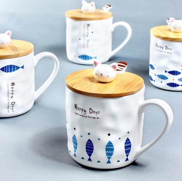 Taza de café con tapa de bambú y cuchara Cerámica Lindo Gatito Peces Patrón Taza de té Desayuno creativo Tazas de leche Taza de café