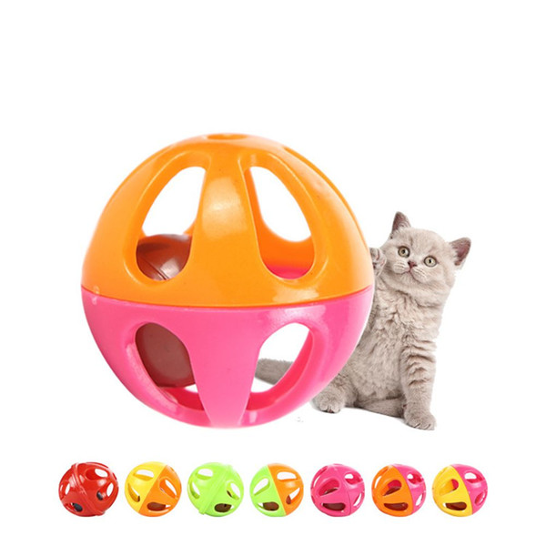 best selling 200pcs Pet Toys 4cm Hollow Plastic Pet Cat Toys Ball Toy With Small Bell Lovable Bell Voice Ball Tinkle Puppy Playing Toys