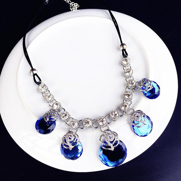 Ajojewel Trendy Hollow Çiçek Gri Mavi Kristal Kolye Kolye Moda Yıldönümü Aksesuarları Takı