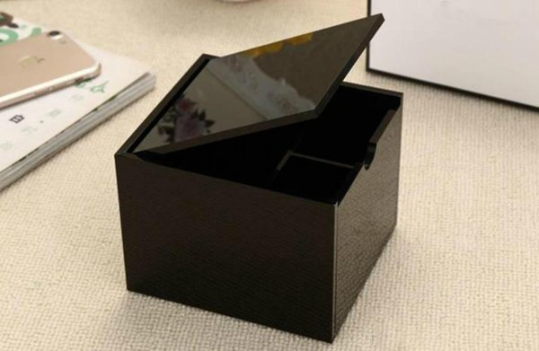New 2019 classic high-grade acrylic cotton storage box cosmetic multifunctional Famous storage cotton swab with sign box