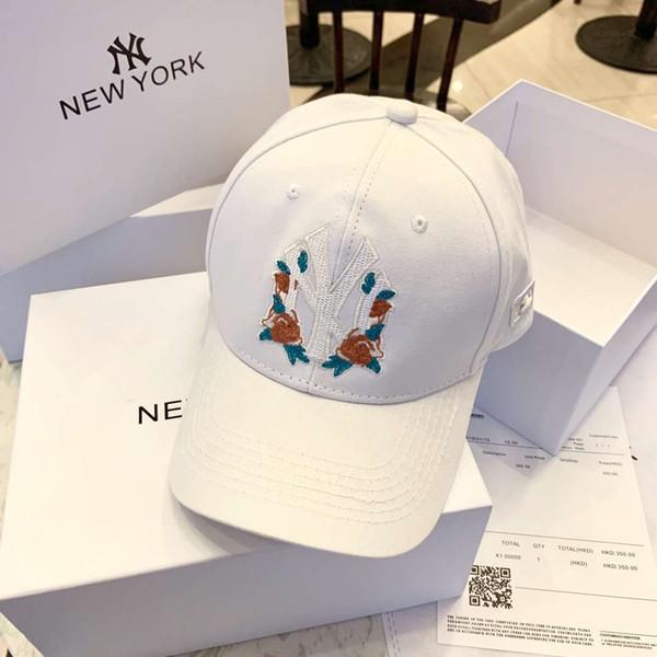 Çiçek Moda Stil Tasarımcı Şapka Kapaklar Erkek Kadın Beyzbol Şapkası Narin Logo Nakış Ayarlanabilir Şapka Caps Beyaz 3 Renkler ve kutu Opsiyonel