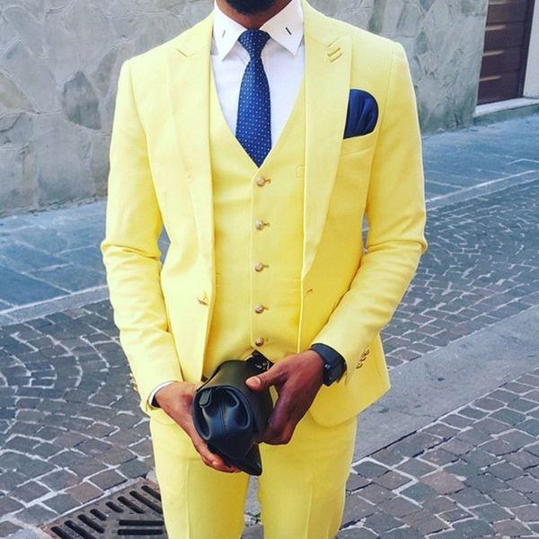 Ternos Do Noivo Amarelo 2019 Um Botão Repicado Lapela Slim Fit homens ternos de baile de finalistas ternos de casamento para homens (Jacket + Pants + colete + Gravata)